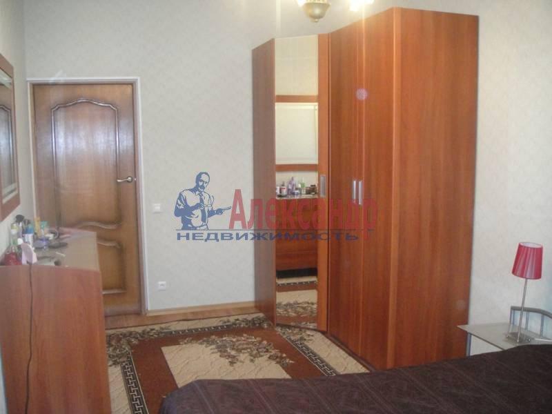 3-комнатная квартира (59м2) в аренду по адресу Богатырский пр., 32— фото 4 из 6