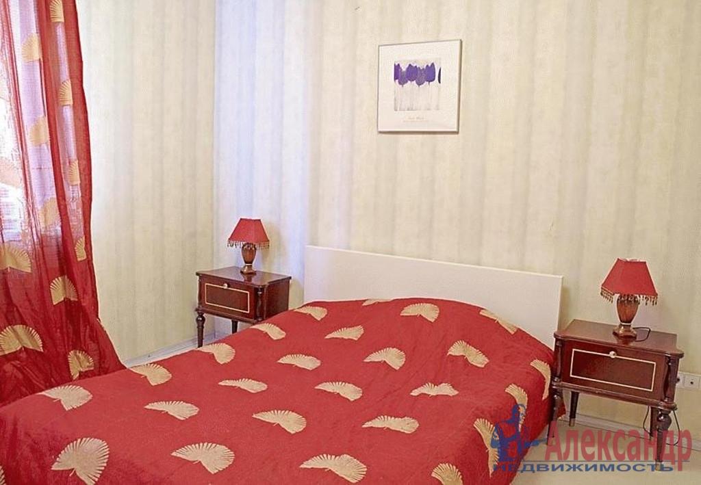 2-комнатная квартира (52м2) в аренду по адресу Художников пр., 15— фото 2 из 3