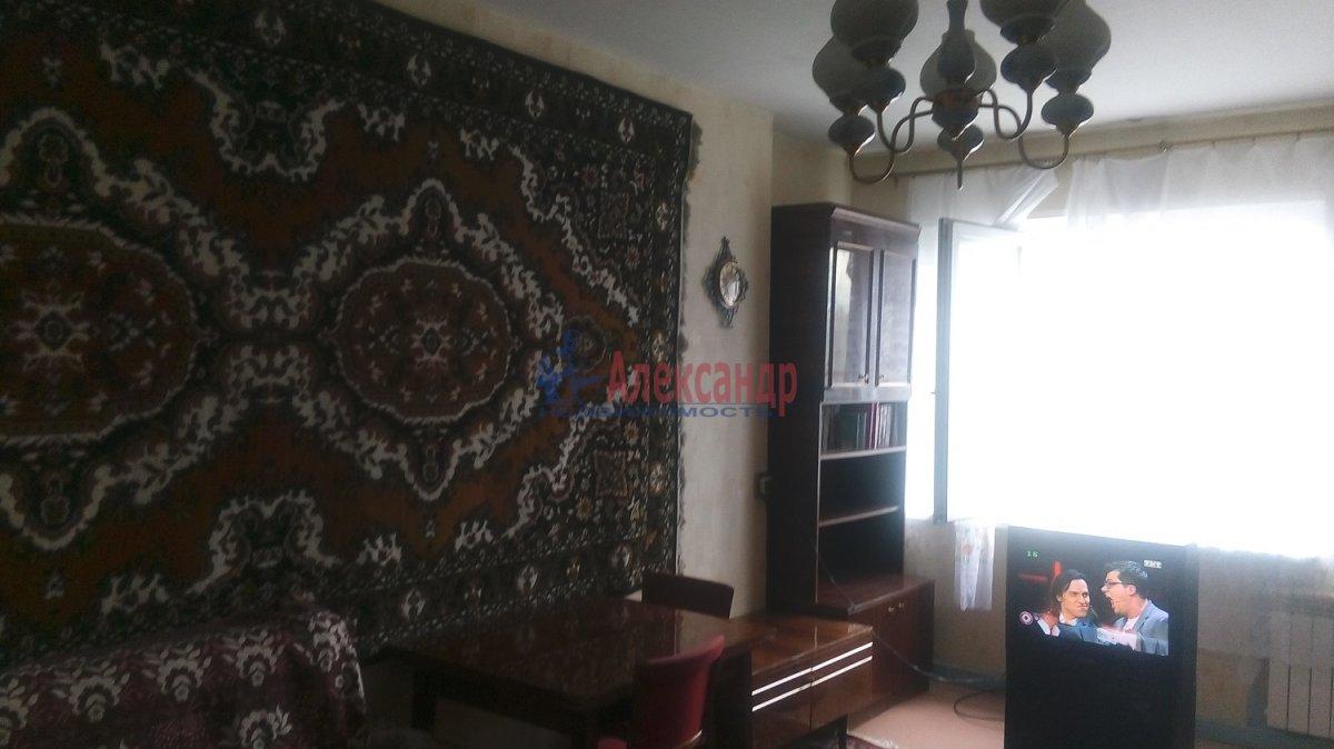 1-комнатная квартира (36м2) в аренду по адресу Ударников пр., 32— фото 1 из 8