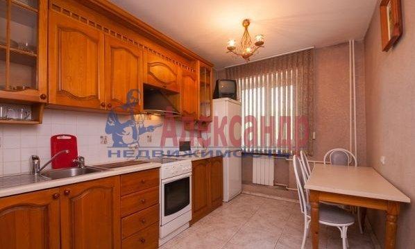 1-комнатная квартира (44м2) в аренду по адресу Коллонтай ул., 17— фото 3 из 4