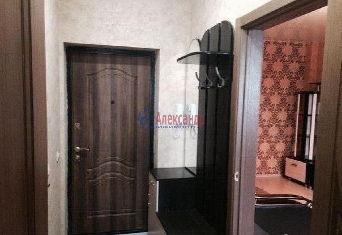 1-комнатная квартира (30м2) в аренду по адресу Ленинский пр., 117— фото 2 из 4