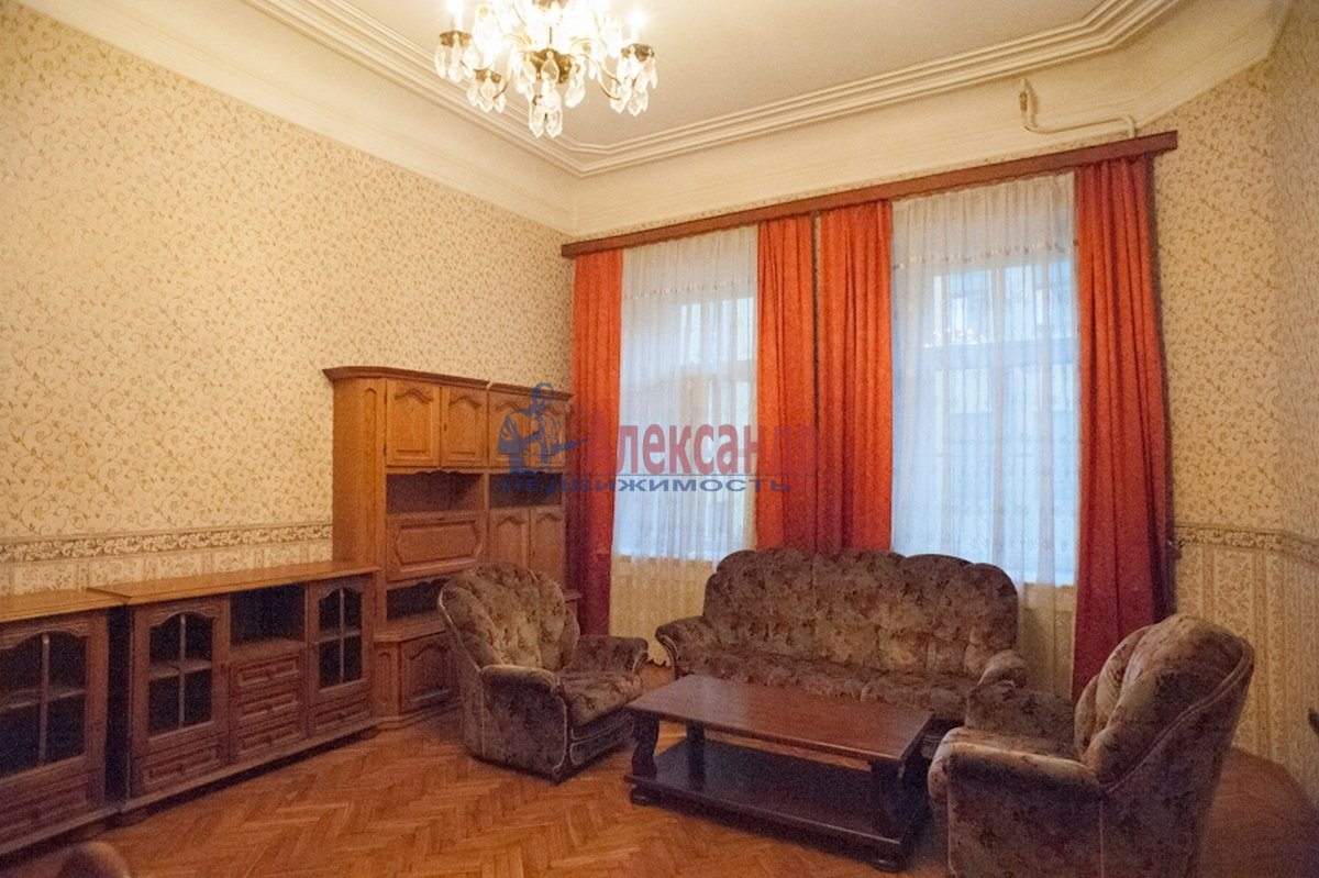 2-комнатная квартира (72м2) в аренду по адресу Реки Фонтанки наб., 64— фото 1 из 7