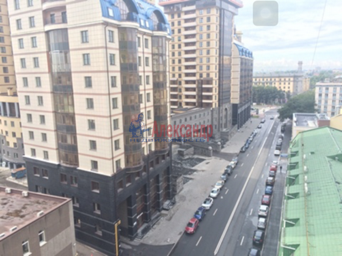 1-комнатная квартира (46м2) в аренду по адресу Киевская ул., 6— фото 6 из 8
