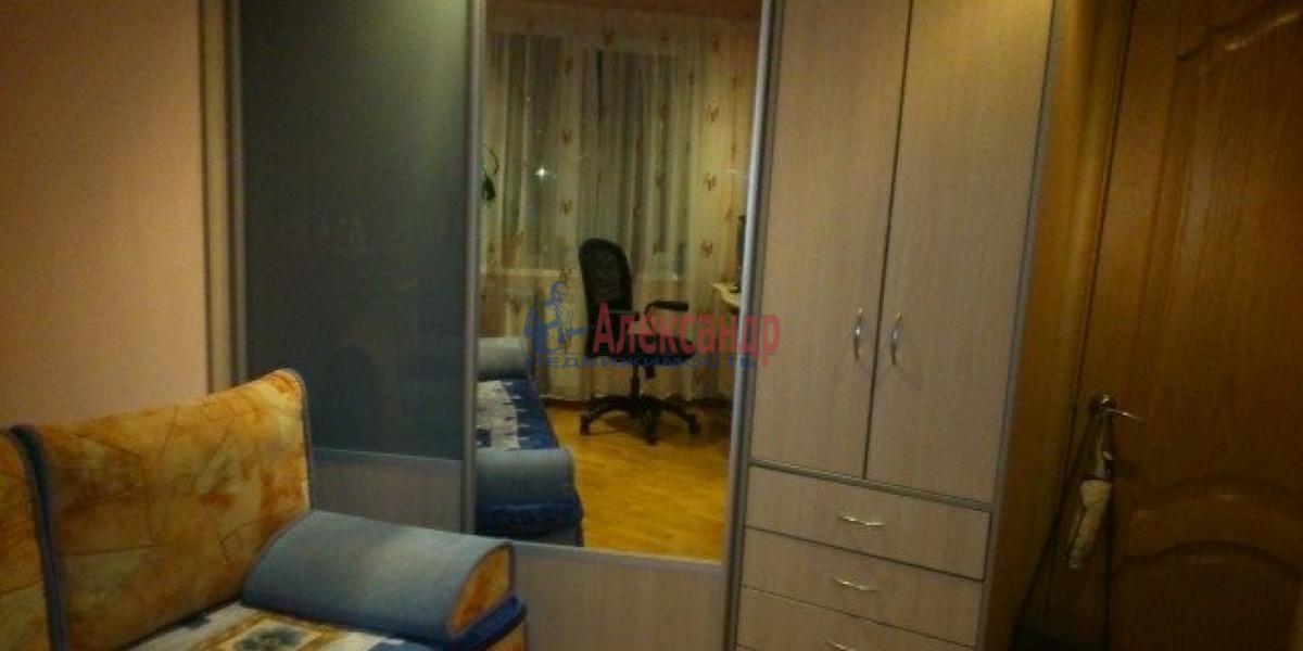 Комната в 2-комнатной квартире (54м2) в аренду по адресу Новаторов бул., 14— фото 3 из 7
