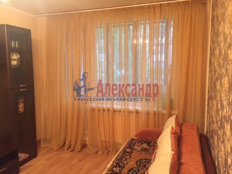 1-комнатная квартира (35м2) в аренду по адресу Славы пр., 30— фото 1 из 5