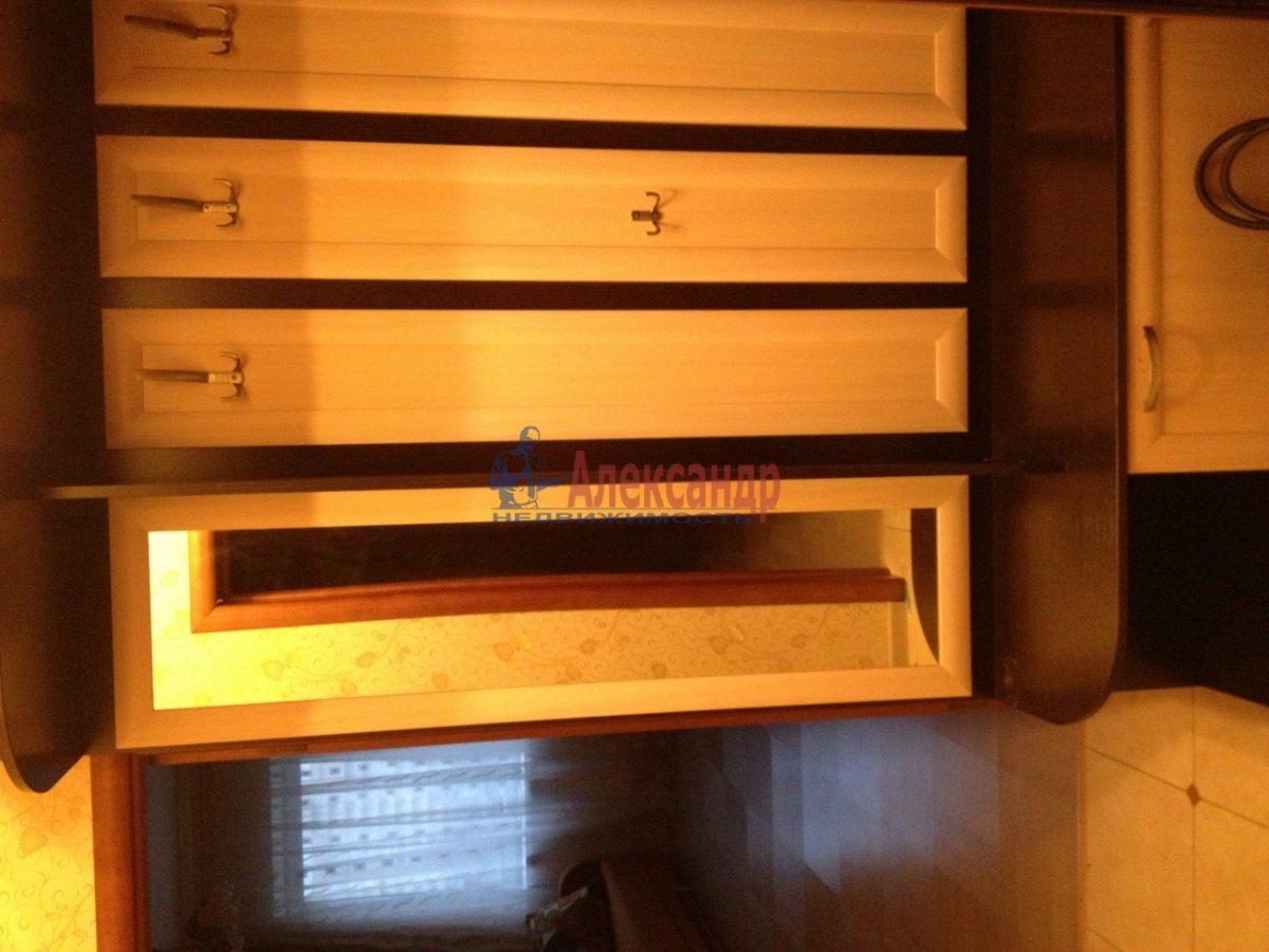 2-комнатная квартира (65м2) в аренду по адресу Ланское шос., 14— фото 10 из 10