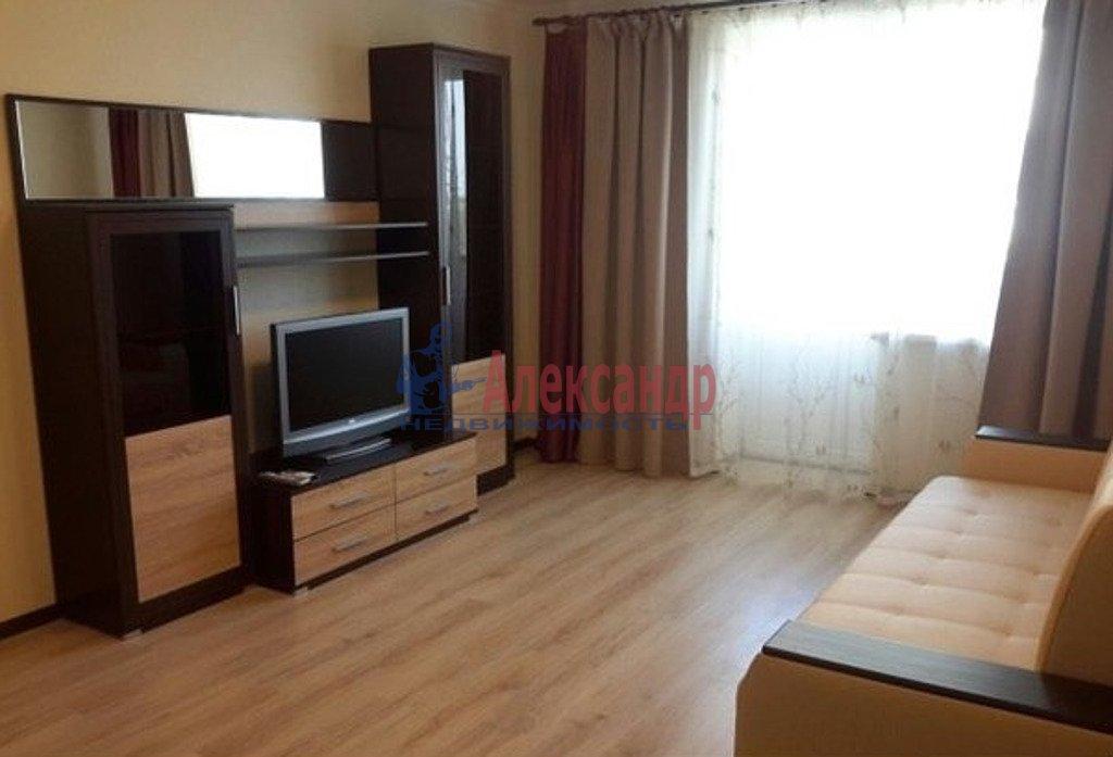 2-комнатная квартира (53м2) в аренду по адресу Кондратьевский пр., 64— фото 1 из 5