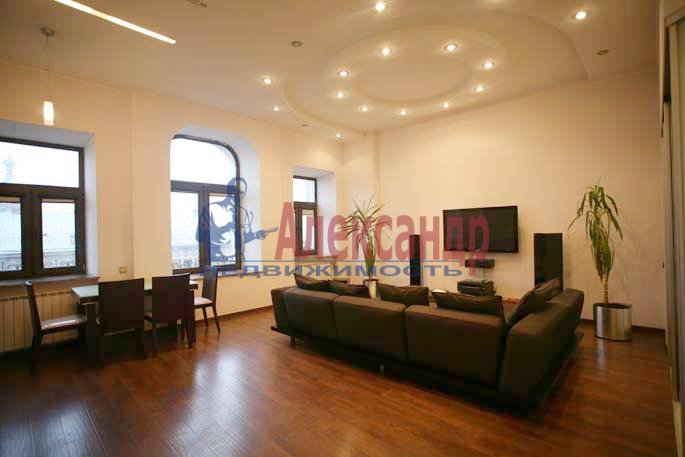 2-комнатная квартира (75м2) в аренду по адресу Большая Конюшенная ул., 3— фото 11 из 14