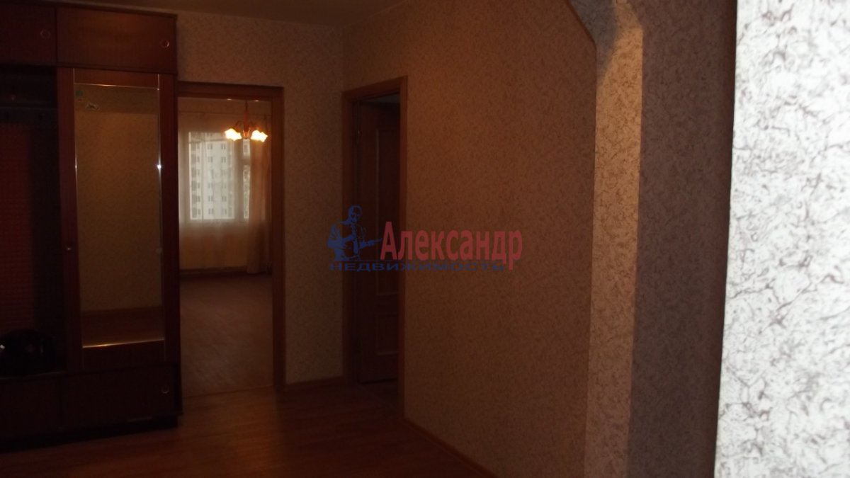 1-комнатная квартира (33м2) в аренду по адресу Малая Бухарестская ул., 10— фото 3 из 4