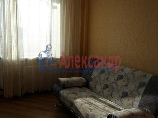 2-комнатная квартира (55м2) в аренду по адресу Гражданский пр., 108— фото 2 из 5
