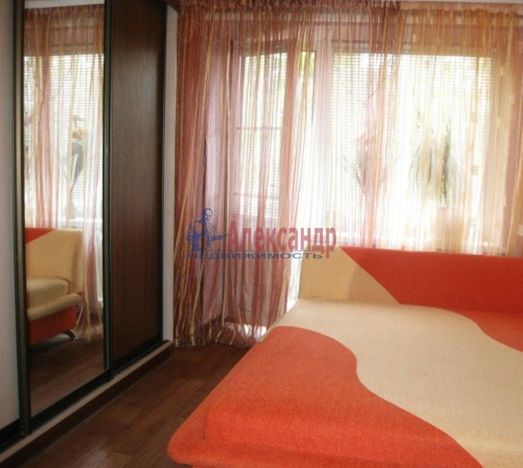 2-комнатная квартира (64м2) в аренду по адресу Ленинский пр., 82— фото 2 из 4