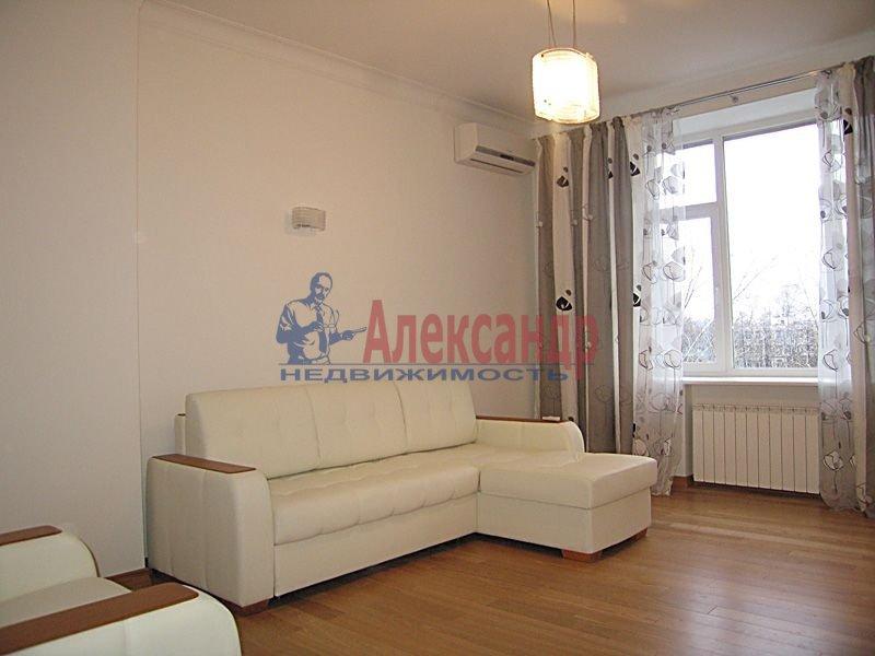 2-комнатная квартира (54м2) в аренду по адресу Варшавская ул., 19— фото 1 из 3