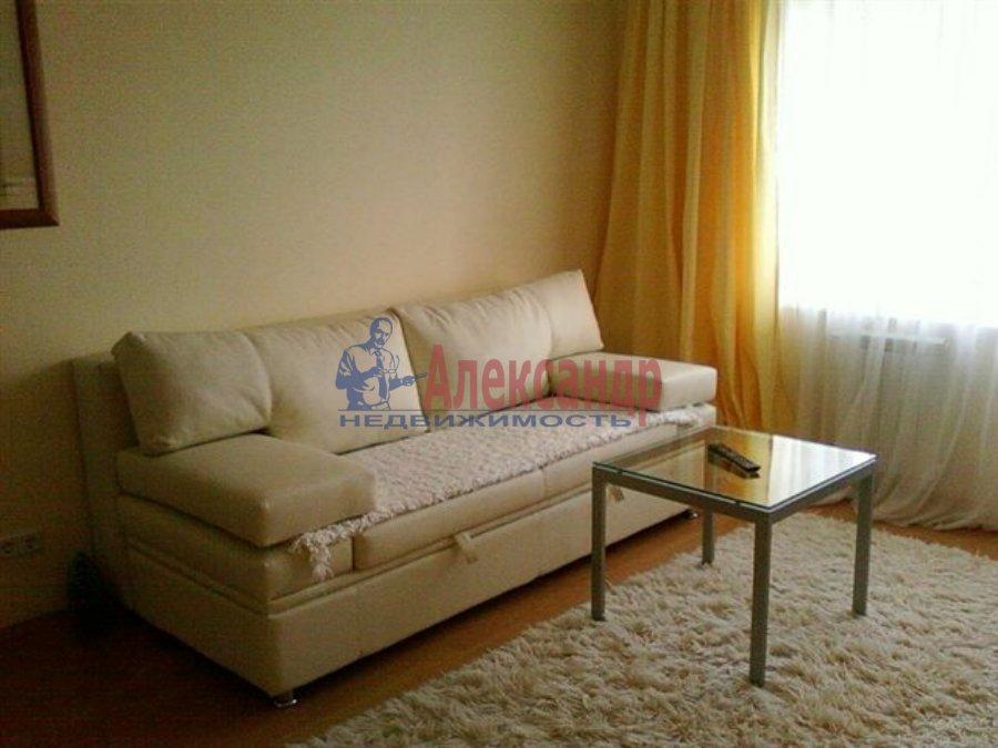 1-комнатная квартира (35м2) в аренду по адресу Красное Село г., Гатчинское шос.— фото 1 из 2