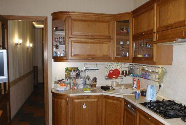 3-комнатная квартира (94м2) в аренду по адресу 9 линия В.О., 70— фото 5 из 5