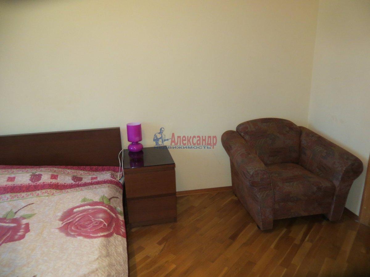 1-комнатная квартира (40м2) в аренду по адресу 6 Верхний пер., 14— фото 2 из 9