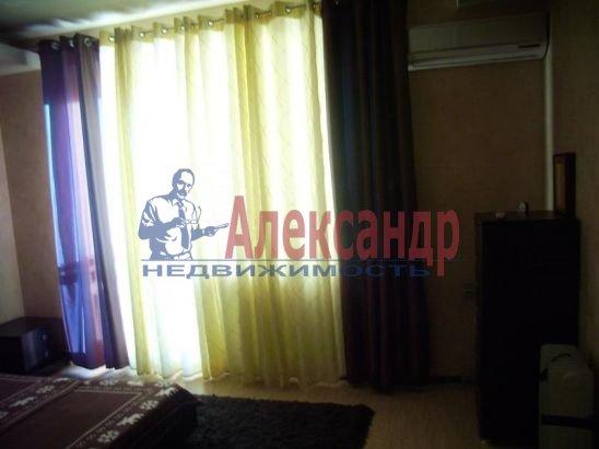 2-комнатная квартира (67м2) в аренду по адресу Пионерская ул., 16— фото 6 из 13