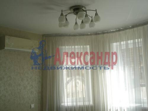 2-комнатная квартира (68м2) в аренду по адресу Комендантская пл., 6— фото 10 из 10