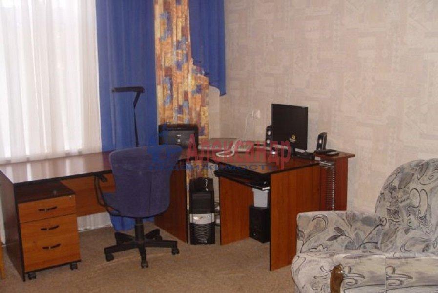 3-комнатная квартира (70м2) в аренду по адресу Испытателей пр., 31— фото 4 из 6