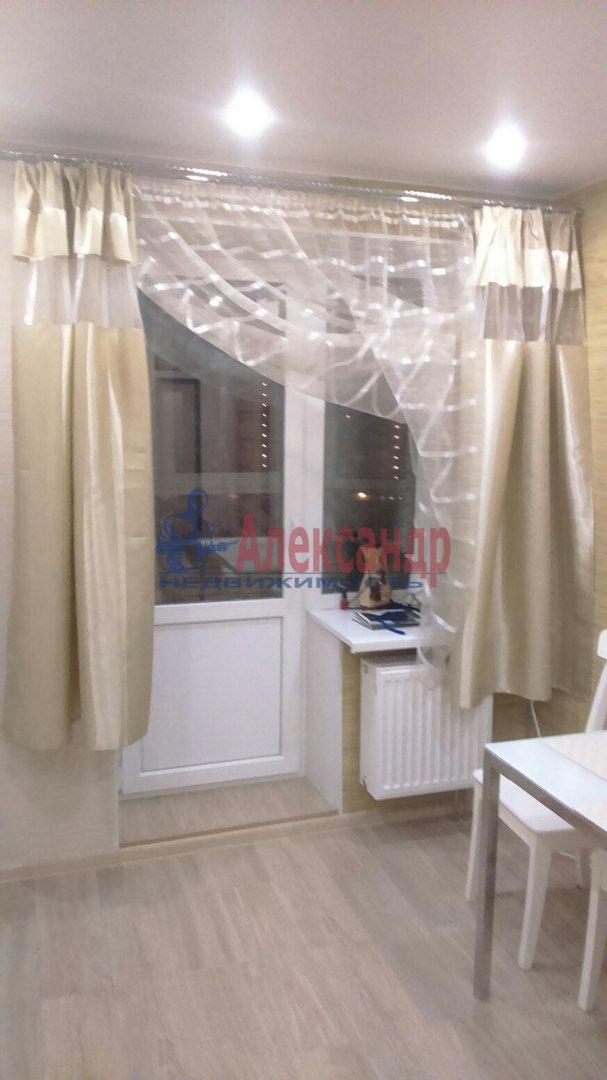 1-комнатная квартира (40м2) в аренду по адресу Варшавская ул., 9— фото 2 из 9