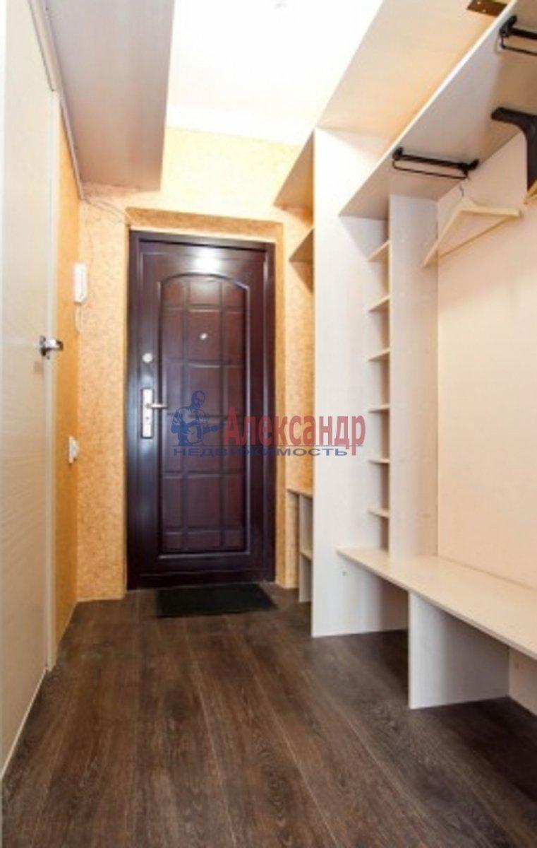 3-комнатная квартира (100м2) в аренду по адресу Луначарского пр., 11— фото 4 из 5