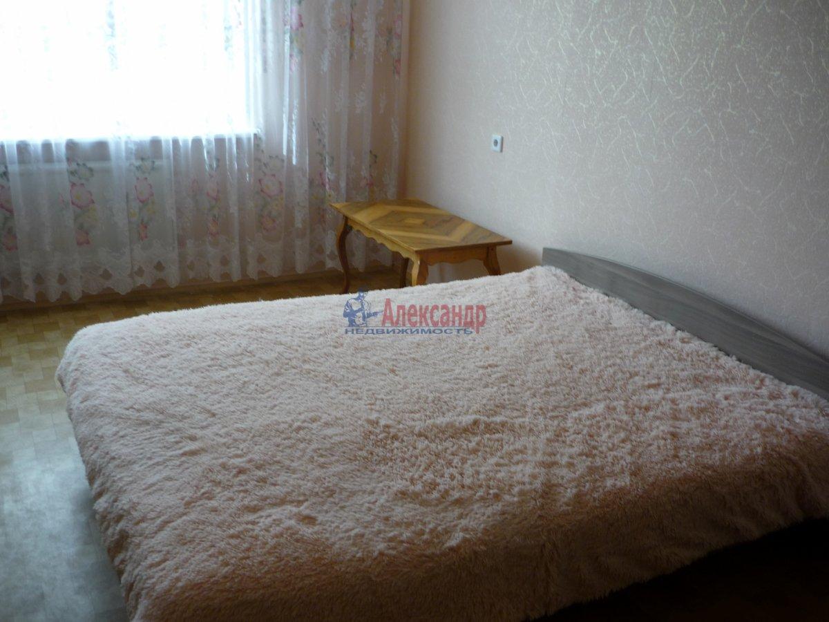 2-комнатная квартира (56м2) в аренду по адресу Авиаконструкторов пр., 17— фото 8 из 13