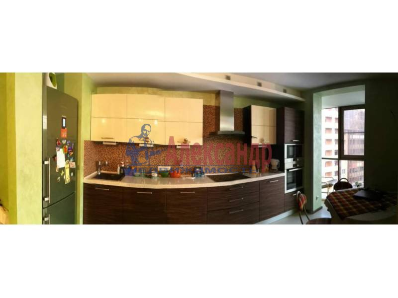 3-комнатная квартира (120м2) в аренду по адресу Приморский пр., 137— фото 2 из 10
