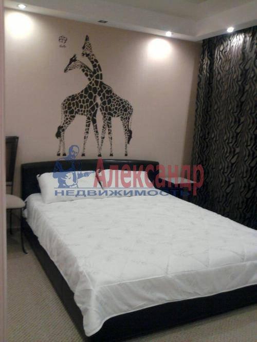 2-комнатная квартира (68м2) в аренду по адресу Малая Морская ул., 13— фото 9 из 13