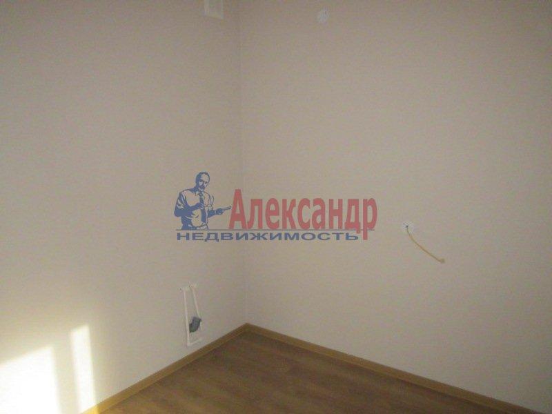 1-комнатная квартира (45м2) в аренду по адресу Бутлерова ул., 11— фото 4 из 6