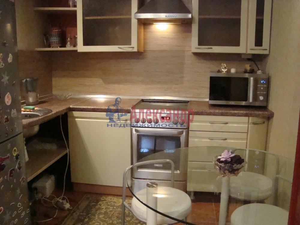 2-комнатная квартира (39м2) в аренду по адресу Савушкина ул., 139— фото 2 из 7