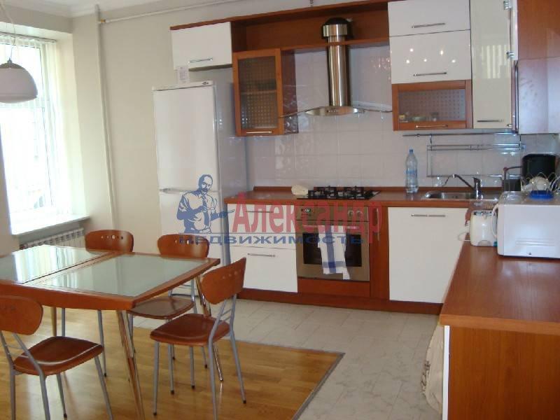 3-комнатная квартира (122м2) в аренду по адресу Малая Садовая ул., 3— фото 3 из 5
