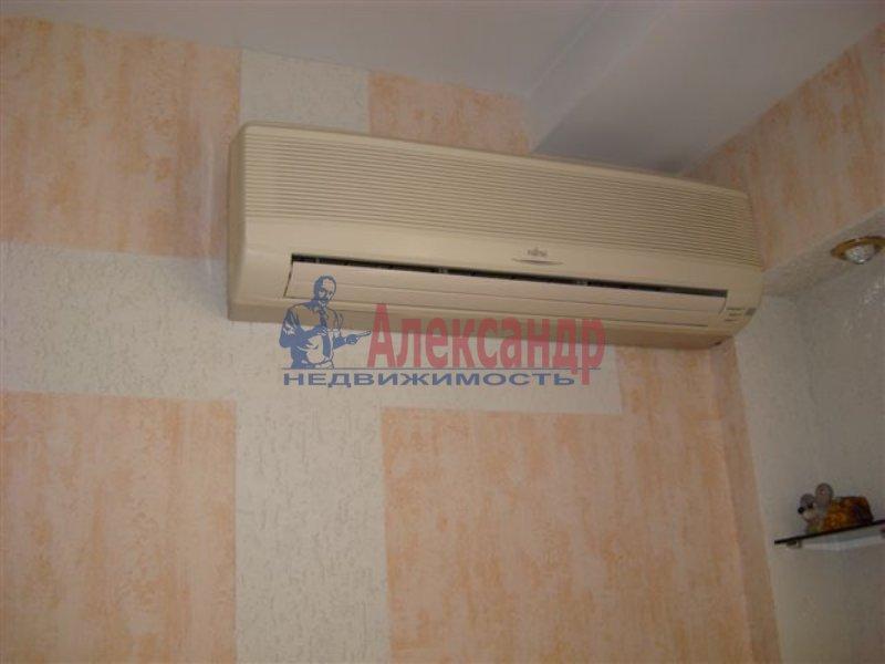 1-комнатная квартира (45м2) в аренду по адресу Тульская ул., 9— фото 3 из 3