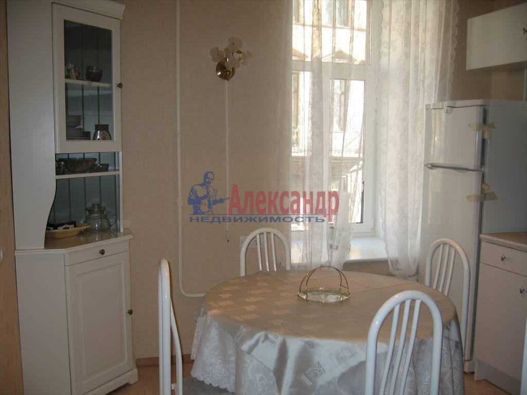 3-комнатная квартира (85м2) в аренду по адресу Ковенский пер., 29— фото 2 из 6