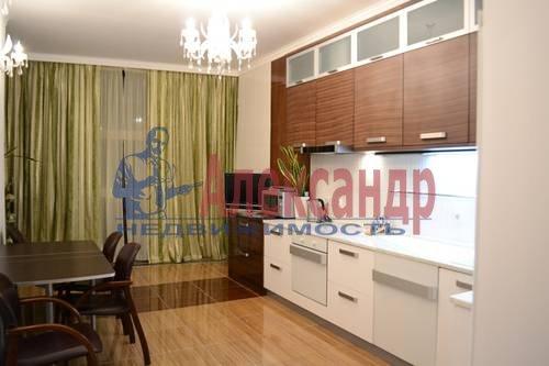 2-комнатная квартира (64м2) в аренду по адресу Кузнецовская ул., 44— фото 1 из 8