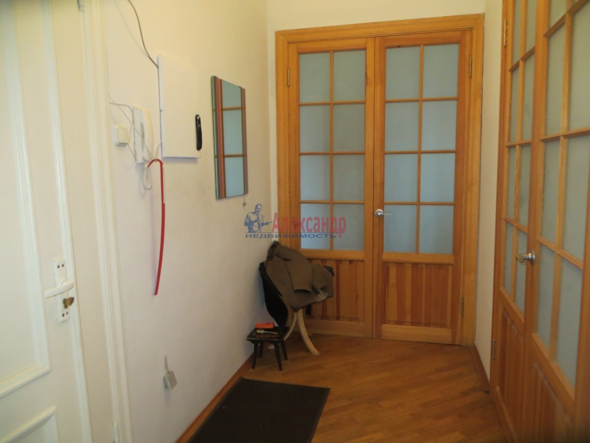 1-комнатная квартира (40м2) в аренду по адресу 6 Верхний пер., 14— фото 3 из 9