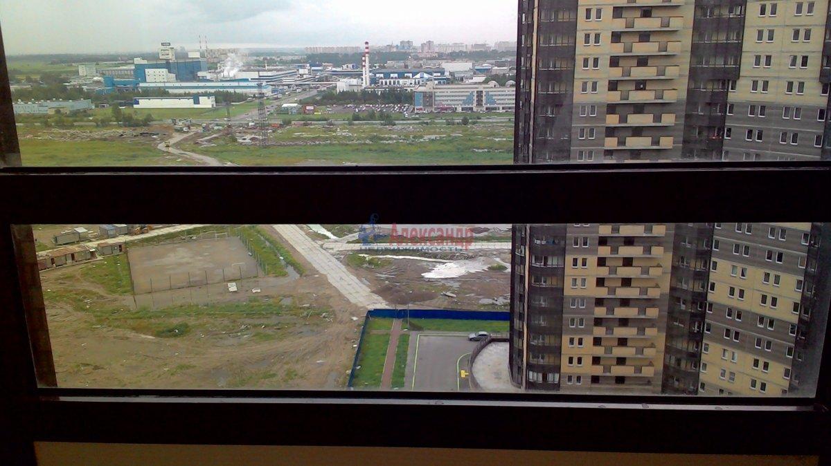 1-комнатная квартира (38м2) в аренду по адресу Парголово пос., Федора Абрамова ул., 19— фото 8 из 21