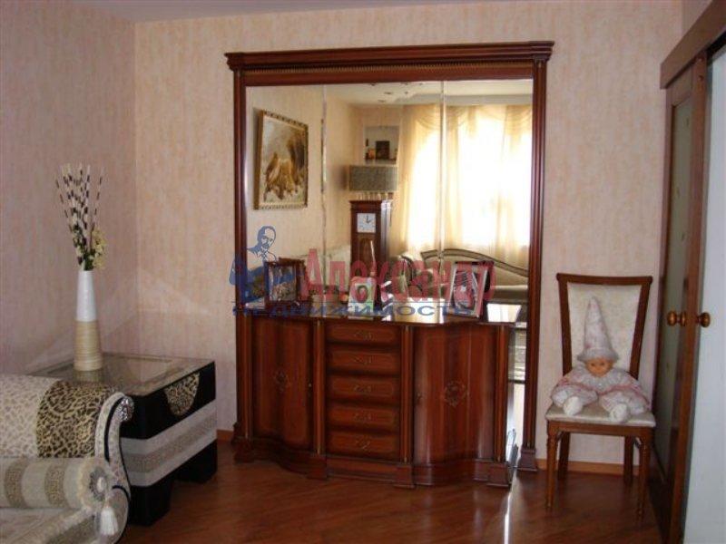 1-комнатная квартира (45м2) в аренду по адресу Тульская ул., 9— фото 1 из 3