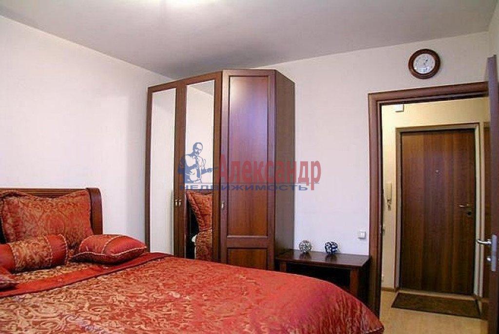 2-комнатная квартира (70м2) в аренду по адресу Малая Морская ул., 19— фото 2 из 3