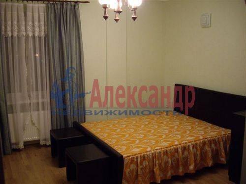 2-комнатная квартира (75м2) в аренду по адресу Коллонтай ул., 31— фото 4 из 5