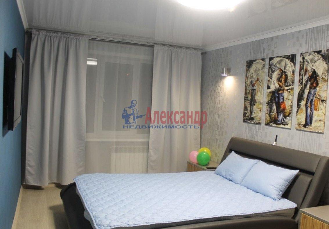 1-комнатная квартира (37м2) в аренду по адресу Шлиссельбургский пр., 37— фото 2 из 7