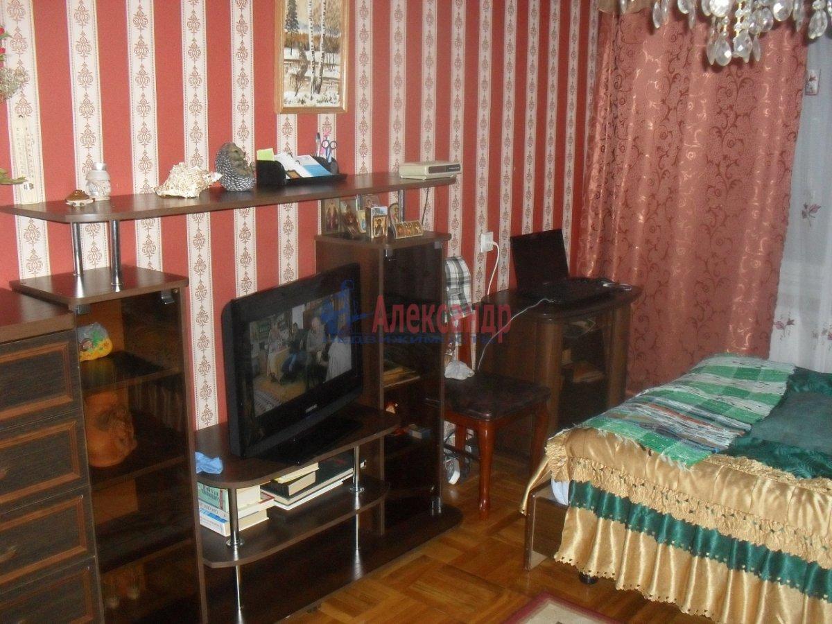 2-комнатная квартира (47м2) в аренду по адресу Будапештская ул., 17— фото 3 из 8
