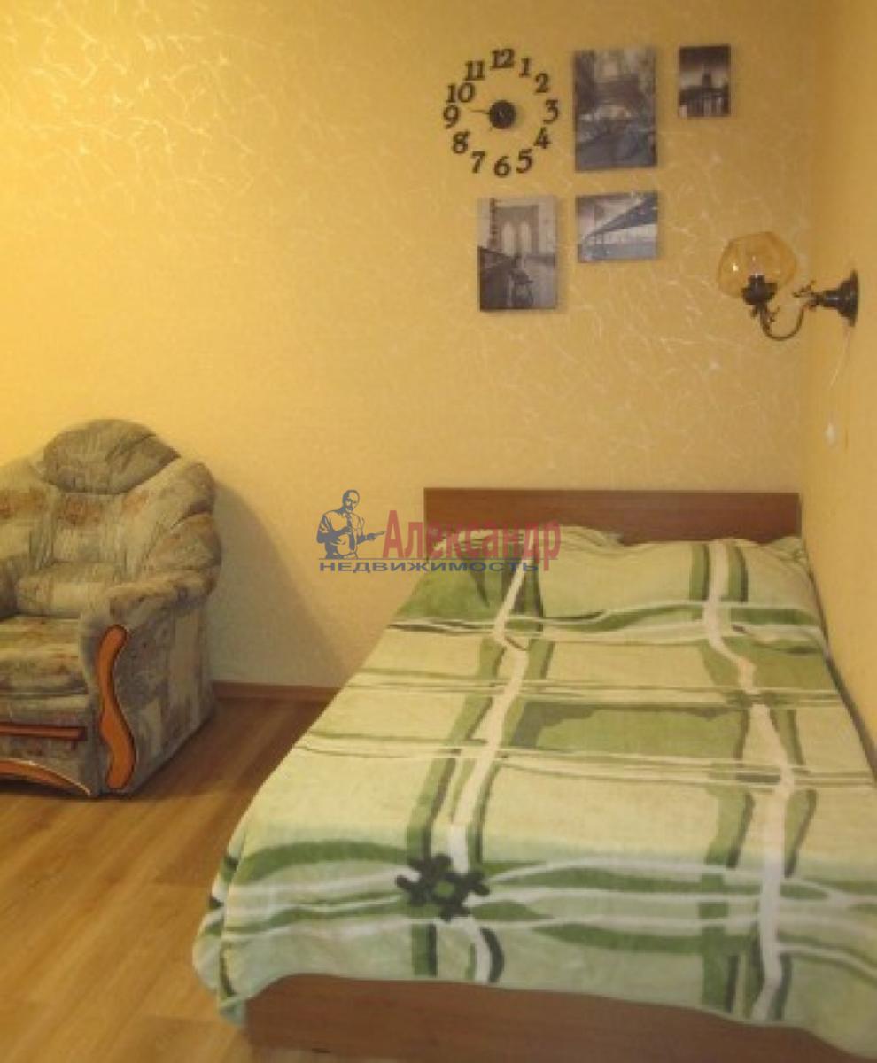 1-комнатная квартира (38м2) в аренду по адресу Ленинский пр., 137— фото 3 из 7