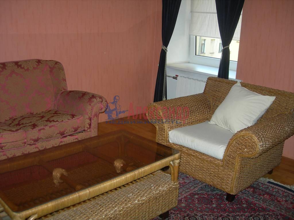 2-комнатная квартира (80м2) в аренду по адресу Маяковского ул., 1— фото 6 из 6