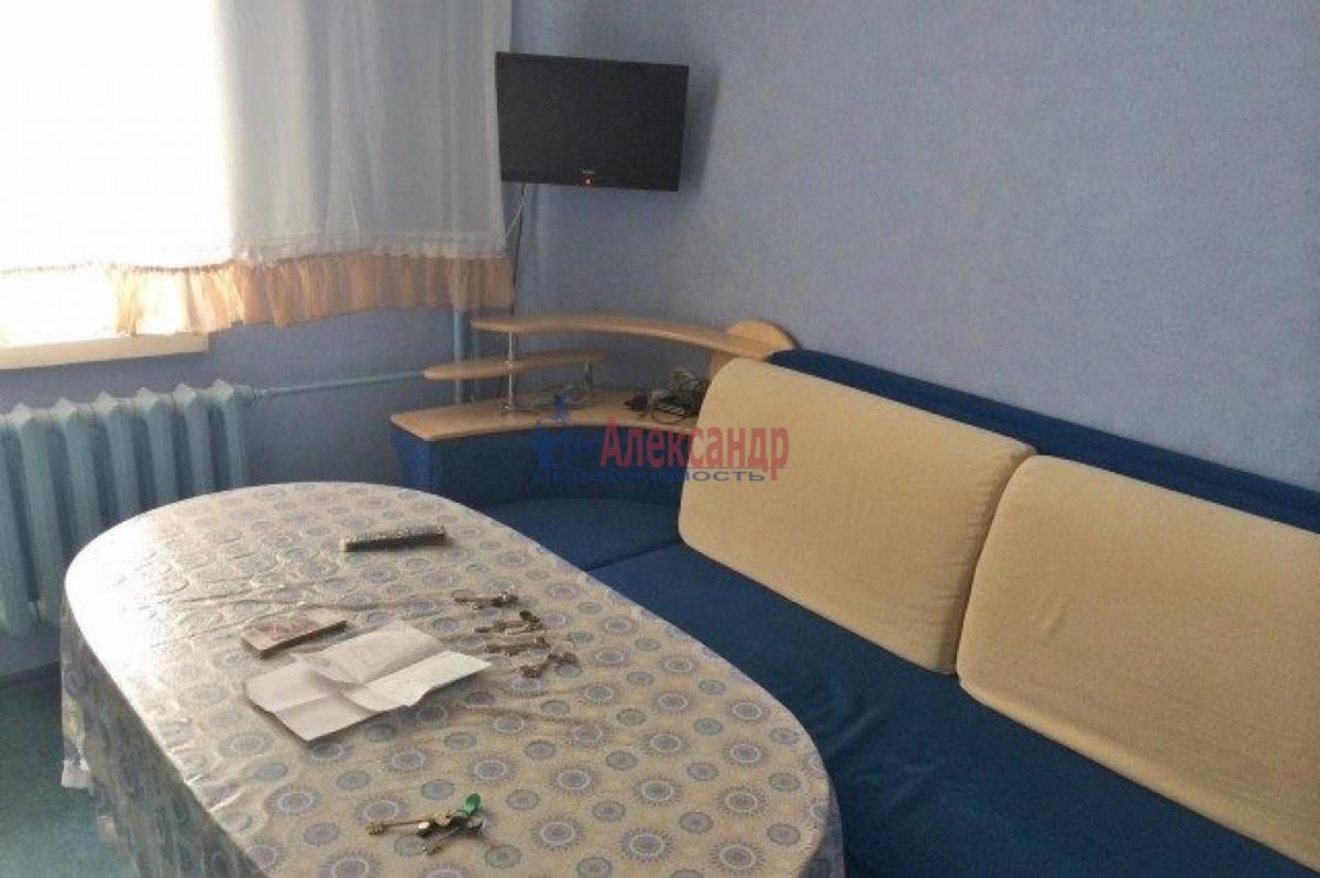1-комнатная квартира (47м2) в аренду по адресу Шкапина ул., 9— фото 1 из 4