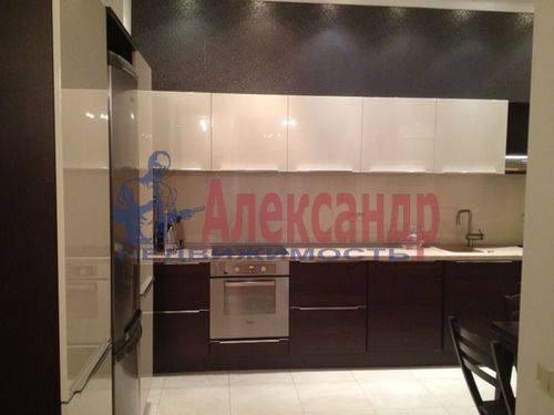 3-комнатная квартира (130м2) в аренду по адресу Савушкина ул., 125— фото 1 из 8