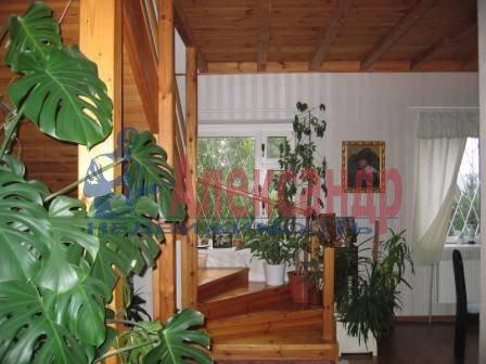 Дом (200м2) в аренду — фото 1 из 3