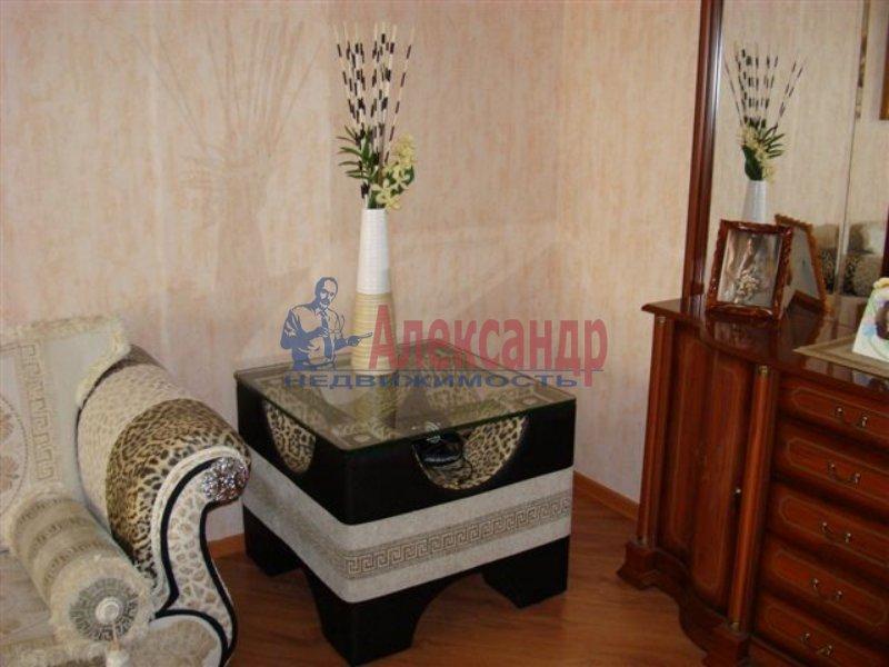 1-комнатная квартира (45м2) в аренду по адресу Тульская ул., 9— фото 2 из 3