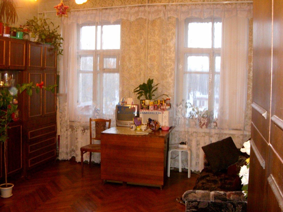1-комнатная квартира (45м2) в аренду по адресу Карбышева ул., 4— фото 1 из 3