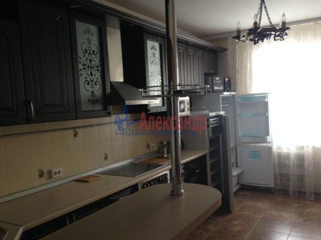 2-комнатная квартира (70м2) в аренду по адресу Беринга ул., 1— фото 3 из 4