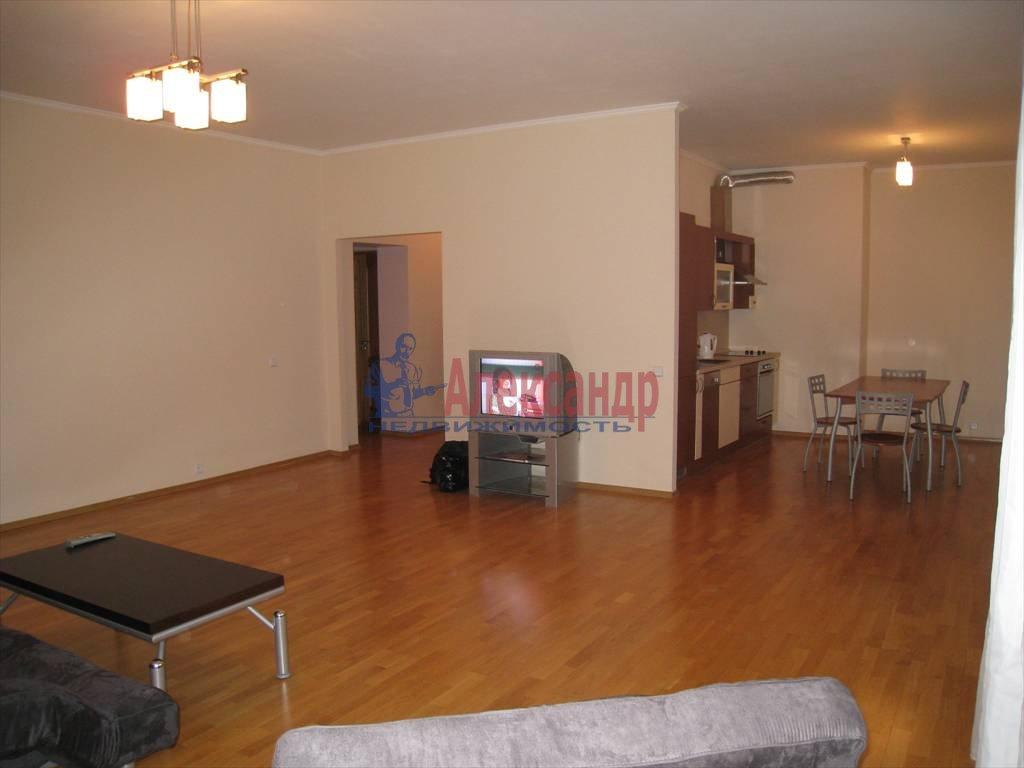 3-комнатная квартира (78м2) в аренду по адресу Крестьянский пер., 4а— фото 3 из 9