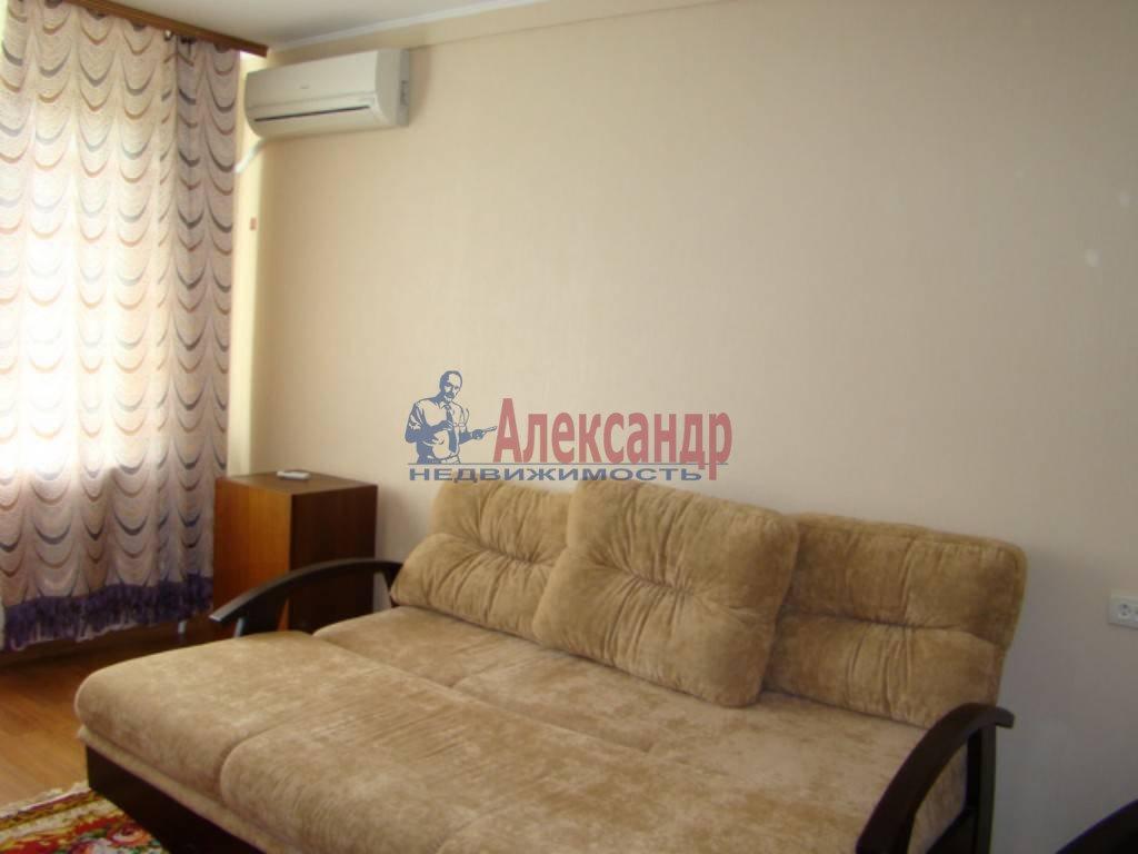 2-комнатная квартира (57м2) в аренду по адресу Доблести ул., 28— фото 4 из 4